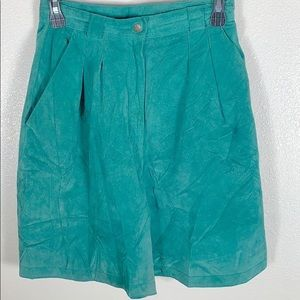 Suede teal green short